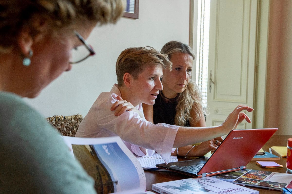 gruppo di lavoro di donne